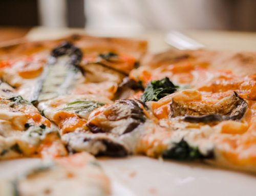 Three Delicious Reasons to Try the Best Pizza in Redington Beach